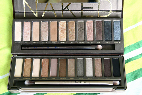 Urban Decay Naked original VS Naked 2
